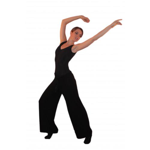 Pantalone danza con gambe molto ampie